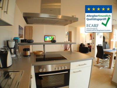 Photo for Fantastic, spacious apartment with two roof terraces and sea views