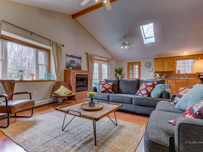 Photo for Cozy Poconos Chalet - Close to Lakes, Pools, Attractions-Hot tub, A/C, Game Room
