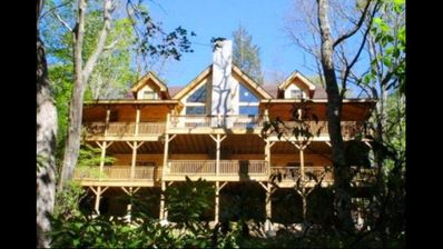 Photo for FIRE & ICE Log Home, Perfect Location, Walk to Slopes, Minutes to Attractions