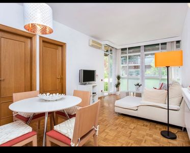 Photo for Beautiful and spacious 4 bedroom apartment