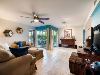 Photo for Biltmore Fully Updated 2 Bed 2 Bath Condo