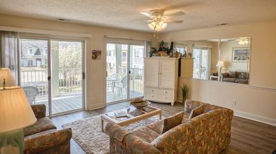 Photo for Family Friendly, Full Kitchen, 2 bedroom, 2 bath, 27 holes of golf, nearby deep sea fishing (1205)