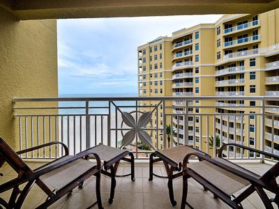 Come relax on the balcony with soothing ocean sounds.