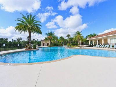 Photo for This beautiful 3 bedroom 2.5 bath condo is located 1.5 miles from Disney. The 4,000 sq. clubhouse fe
