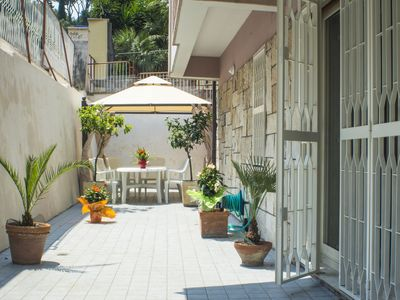 Photo for Bright apartment, completely renovated a few steps from St. Peter