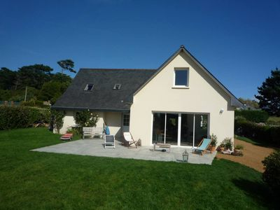 Photo for Beautiful house of holidays with sight on sea, any loan of the beach - the terrace and the lawn were remade in 2010