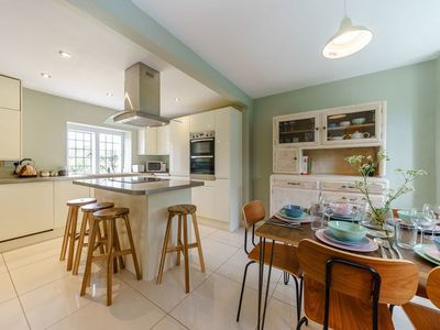 Photo for 3 bedroom accommodation in Filkins
