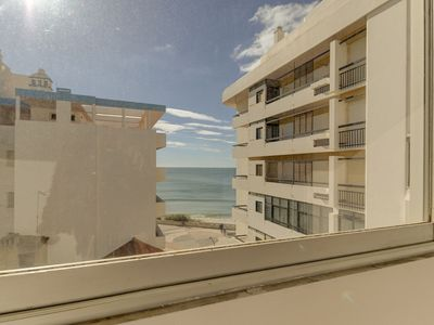 Photo for Apartment in Armação De Pêra with 2 bedrooms and capacity for 4 people