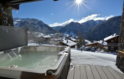 Photo for Beautiful luxury chalet, wonderfull view on the valley