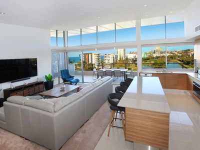 Photo for Luxurious 3 Bedroom Penthouse close to the beach