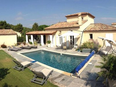 Photo for Fugazi air conditioned villa with heated pool in a secure area