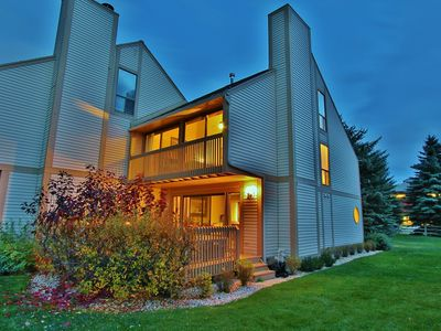 Photo for Lovely Park Meadows Condo with private deck and Hot Tub!