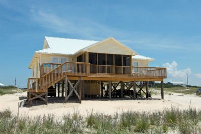 Photo for Chasing Mermaids - 4br Beachfront Home, Sleeps 9