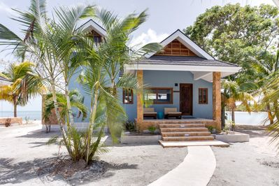 7 detached air conditioned villas no less than 1,000 sq. ft with ocean views