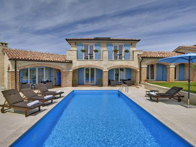 Photo for Stone Villa Dennis, in Medulin, with a Pool
