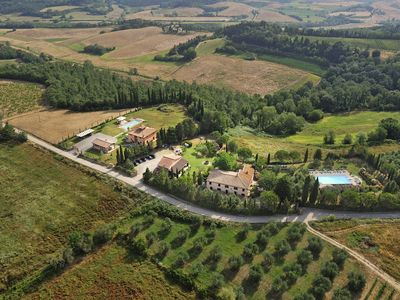 Photo for Offer ! Holidays, apartment (Rosa 4 + 2) Area Volterra, San Gimignano and Pisa