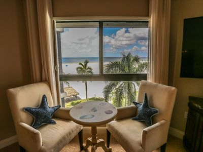Welcome to Island Winds #521, your elegant yet beachy address in paradise with gulf and back bay views from a fifth floor vantage point.