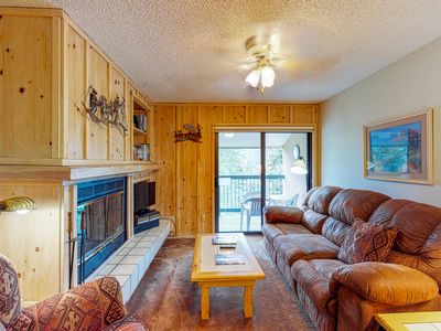 Photo for Family-friendly 3rd floor mountain condo w/ views - walk to the slopes!
