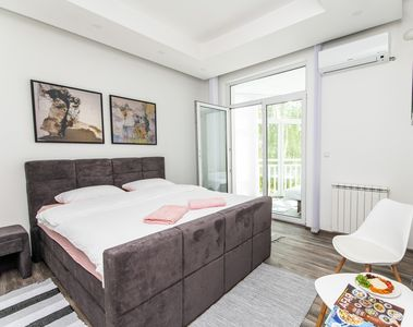 Photo for Modern Apartment in the Heart of the City Center!