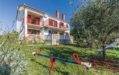 Photo for 6 bedroom accommodation in Segotici