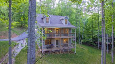 "Photo for ""Sommer Time"" Norris lakefront home in quiet cove"