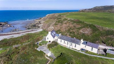 Photo for Cable Cottage -  a coastal property that sleeps 8 guests  in 4 bedrooms