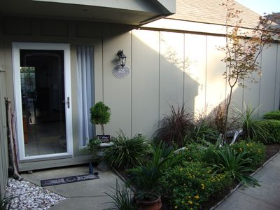 Photo for Couples Retreat, Dog Friendly, Private enclosed courtyard