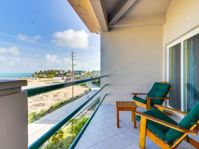 Photo for Beachfront condo w/ shared pool, easy access to ocean, great location, & more