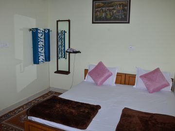 The Midas Guest House a Home with personal Care