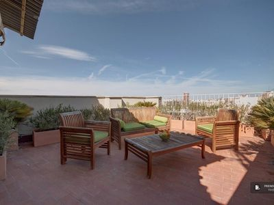 Photo for Friendly Rentals The Gimenez Apartment in Valencia