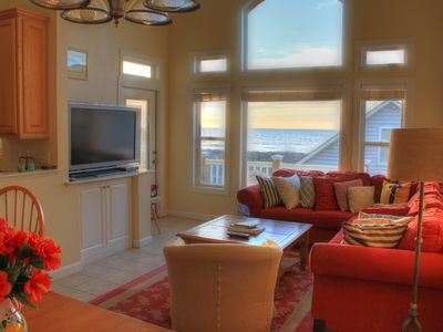 Spacious living room & TV - with an awesome view!
