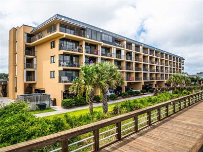 Photo for Cabana 415: 2 BR / 2 BA condo in Carolina Beach, Sleeps 6