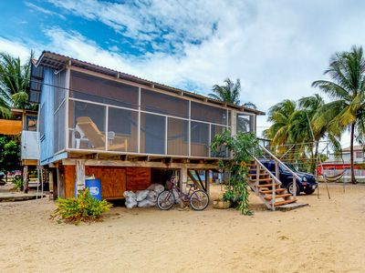 Photo for Charming cabana w/ large screened-in porch & hammock - near the beach!
