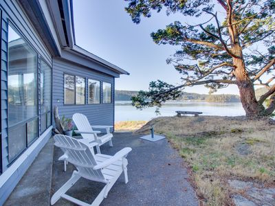 Photo for Peaceful bayview home w/ a nautical theme and views of Deception Pass Bridge!