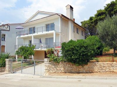 Photo for Apartment Casa di Sabri  in Pula, Istria - 5 persons, 2 bedrooms