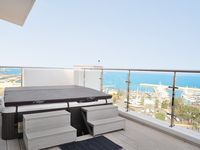 We had a lovely time in Larnaca despite the weather being a little variable. It is a great penthouse