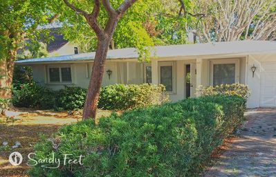 Photo for Relaxing Naples Park house that's a 3-minute drive to Vanderbilt Beach!