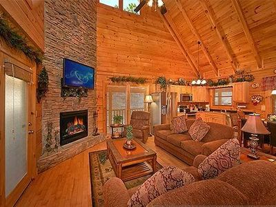 Photo for LUXURY 2/2 CABIN WITH INDOOR/OUTDOOR RESORT POOL IN FANTASTIC LOCATION!!
