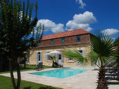 Photo for Villa LE CLOS MARATUEL Charming, heated pool, air conditioning, petanque