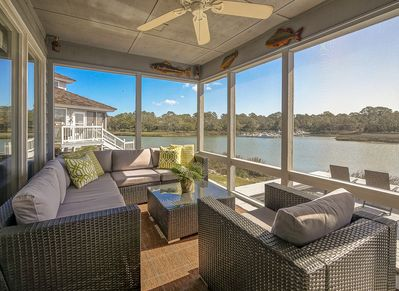 Beautiful Screen Porch with New Furniture at 16 Lands End Court