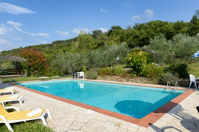 La Luna cottage of Borgo Tranquilitta , Large pool and setting