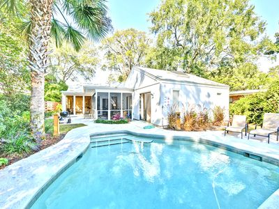 Photo for Quaint East Beach Cottage, Pool, Steps from the beach, Pet Friendly, Sleeps 10