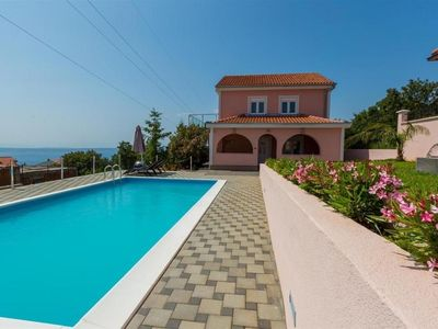 Photo for Holiday house with an outdoor pool and sea views