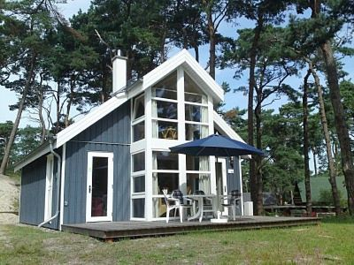 Photo for Summerwind cottage right on the Baltic Sea beach