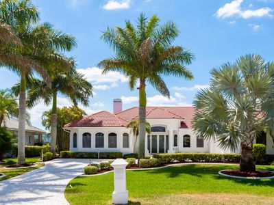 Photo for SW Cape Coral | Gulf Access | Close to Cape Harbour Marina, very upscale neighborhood