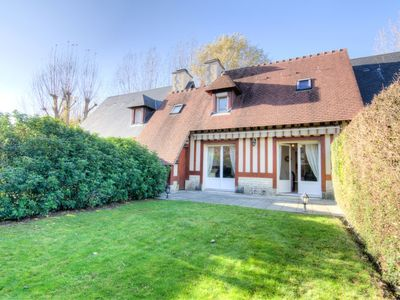 Photo for Vacation home Domaine de Clairefontaine in Deauville-Trouville - 4 persons, 2 bedrooms
