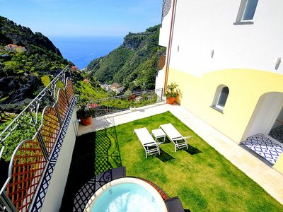 Photo for Villa Clarice F: A bright and sunny studio apartment in a quiet position, located on a hillside above the sea, with Free WI-FI.