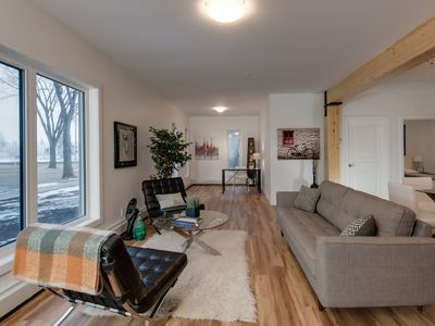 Photo for Stylish Condo Close to Royal Alex and Downtown