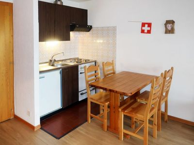 Photo for Apartment Alpvision Résidences (VEZ350) in Veysonnaz - 4 persons, 1 bedrooms