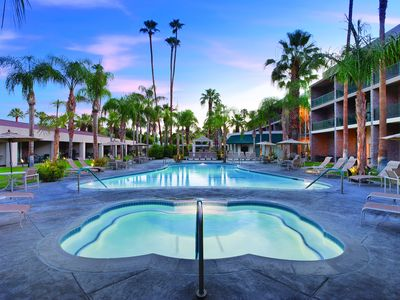 Photo for World class sun, spas, and relaxation!